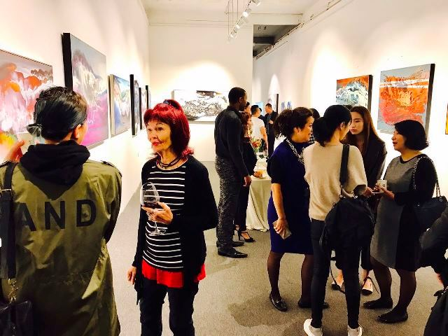 (web) Shanghai Gallery pic 2